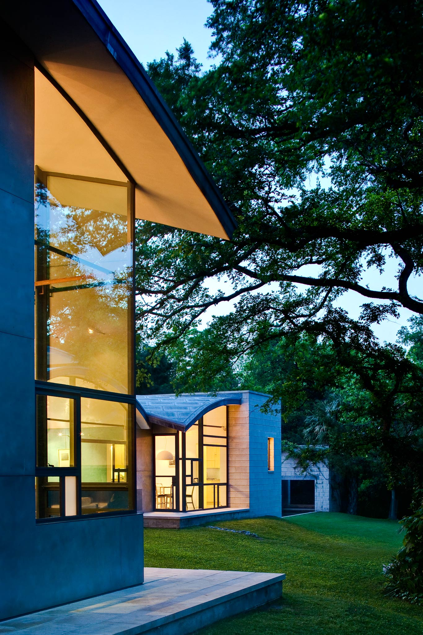 The Stretto House, Dallas, Texas 2010 by Sean Gallagher Architecture and Interior photographer